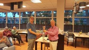 De huidige clubkampioen Henk Ochtman